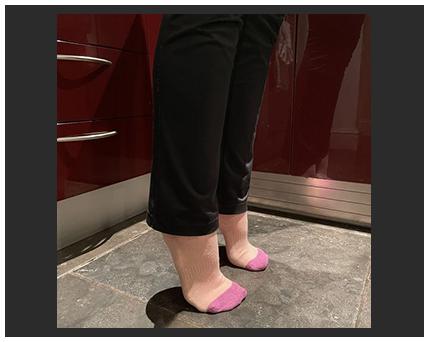 feet on tiptoes